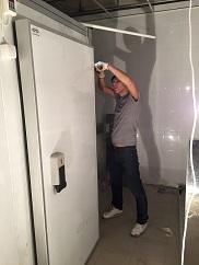 Монтаж холодильной камеры в ресторане под ключ в Москве